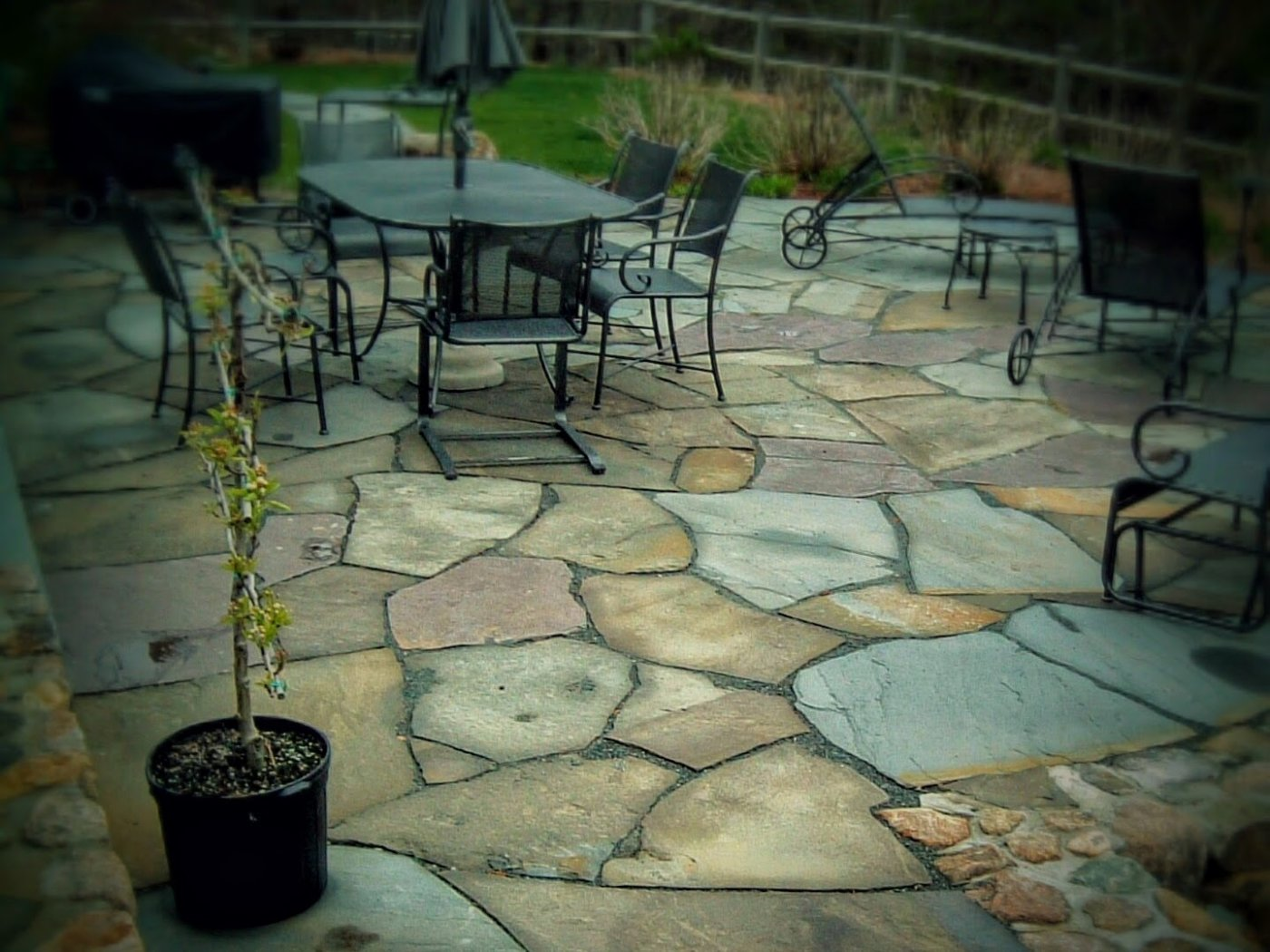 Irregular Bluestone Patio
