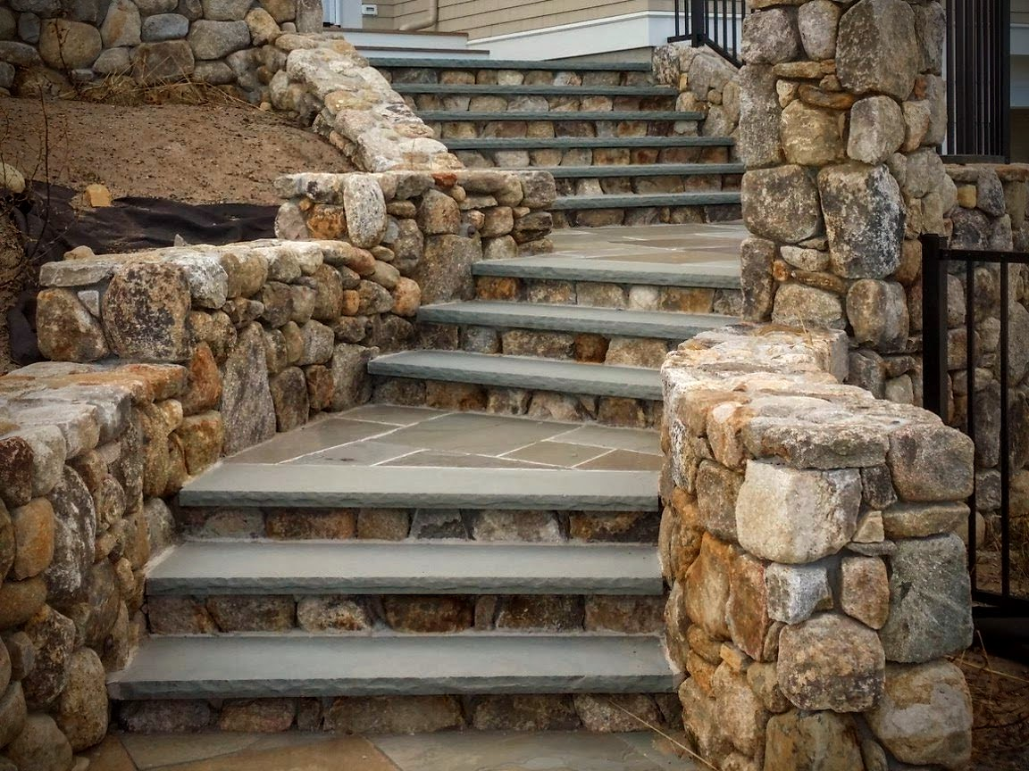 NE Fieldstone with Bluestone Steps Orleans, Mass