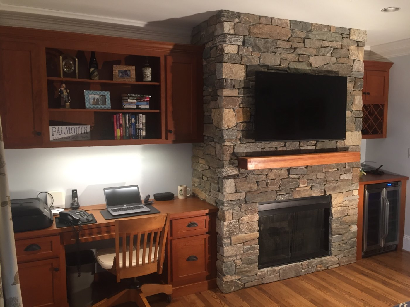 Thin Veneer Fieldstone Fireplace Falmouth, Massachusetts